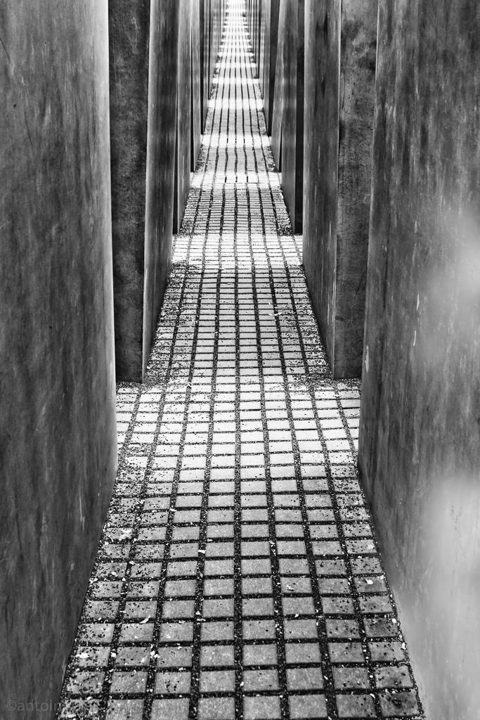 Denkmal Inside (Berlin, 2010) 100410-01707