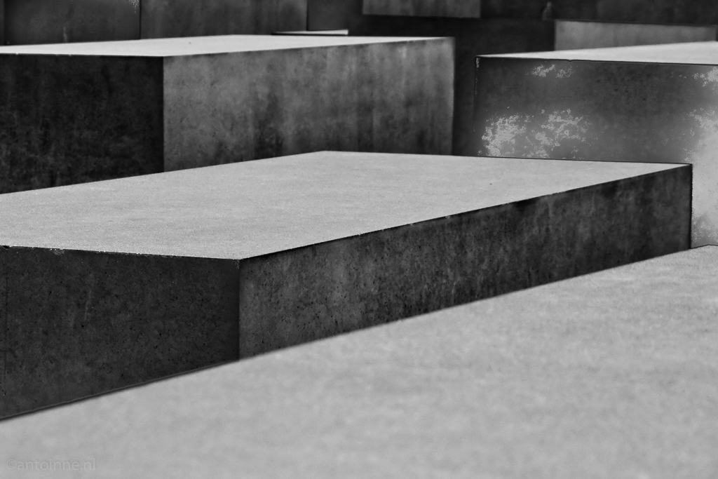 Detail (Berlin, Holocaust Memorial) 100410-01703