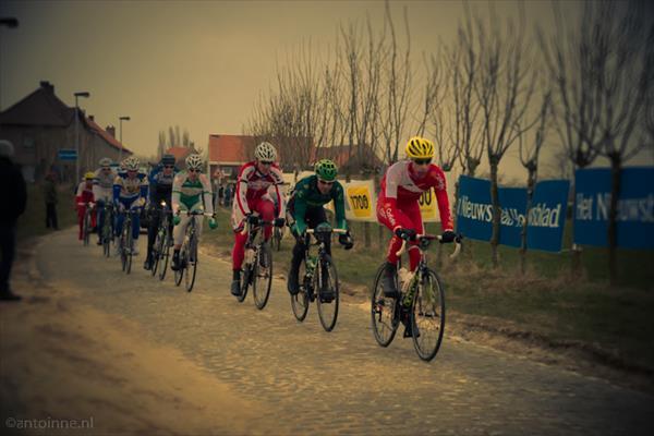 Kopgroep, Omloop het Nieuwsblad 2013 (1ste passage Haaghoek) - DSC00898