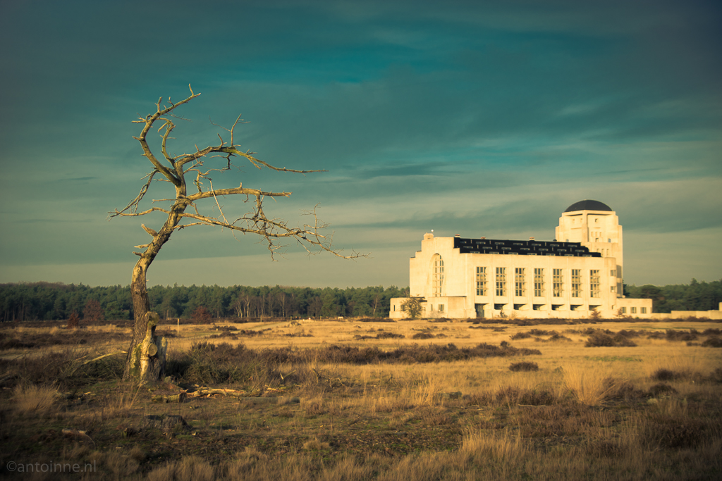 Gebouw A (De kathedraal, Radio Kootwijk) - 20151228-SLT-A99V-DSC06887