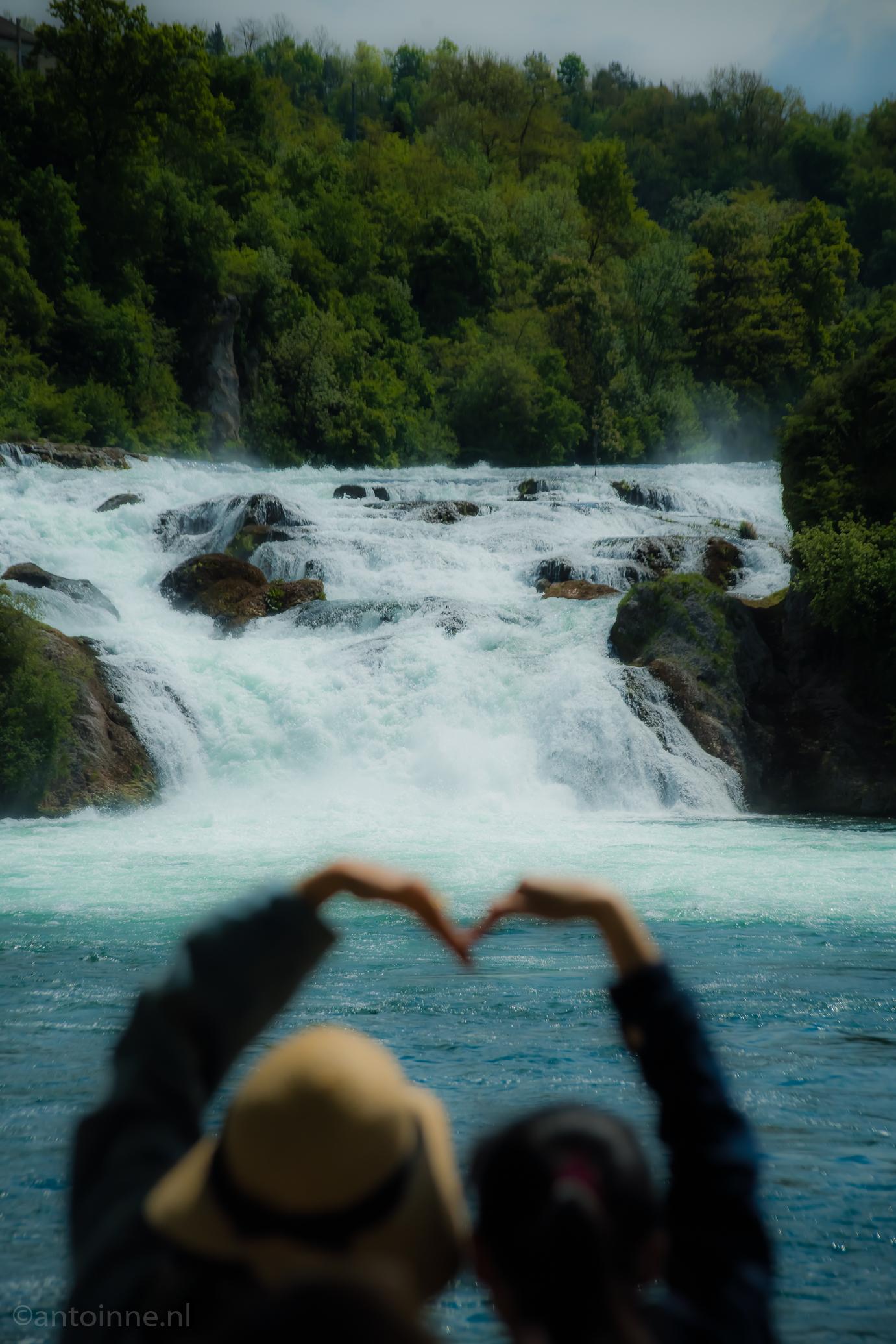 Rheinfall / Rijnwaterval / Rhine Falls / Rhyfall / Chutes du Rhin / Cascate del Reno / Grosser Laufen